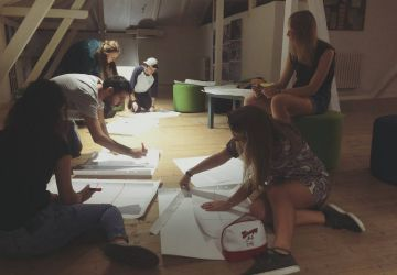 6 voluntari europeni ajuta tinerii romani sa devina mai activi in comunitate