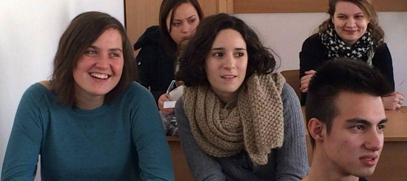 Educația non-formală vine la liceu prin voluntari europeni
