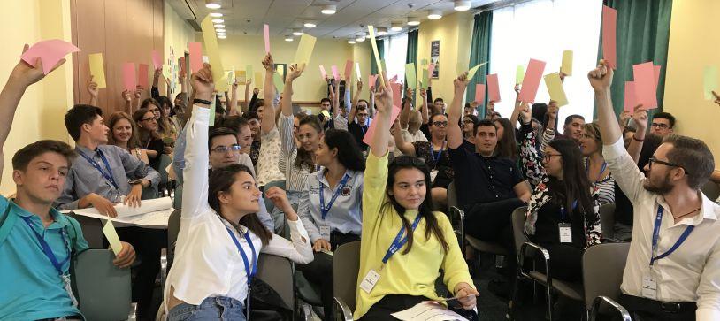 S-a lansat Carta Alba privind Implicarea Civica a Tinerilor