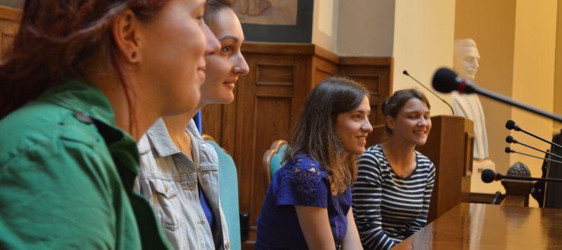 6 voluntari europeni incep o aventura educationala de 9 luni in Bucuresti